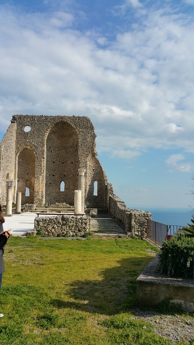 Dramatic wedding venue Amalfi Coast